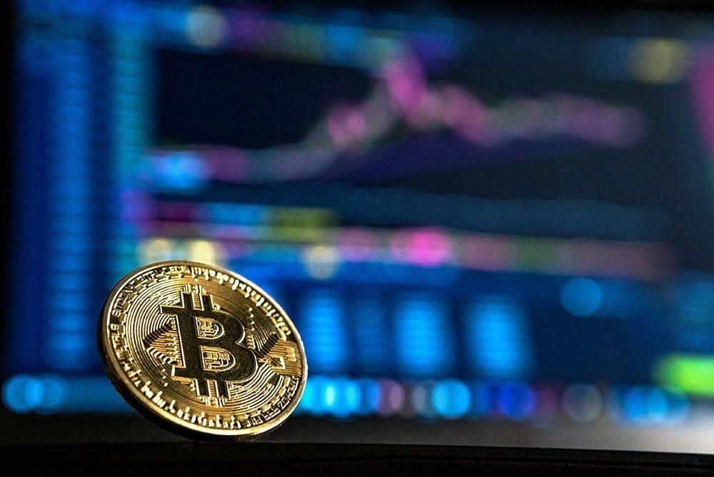 puteți tranzacționa bitcoin pe etradă
