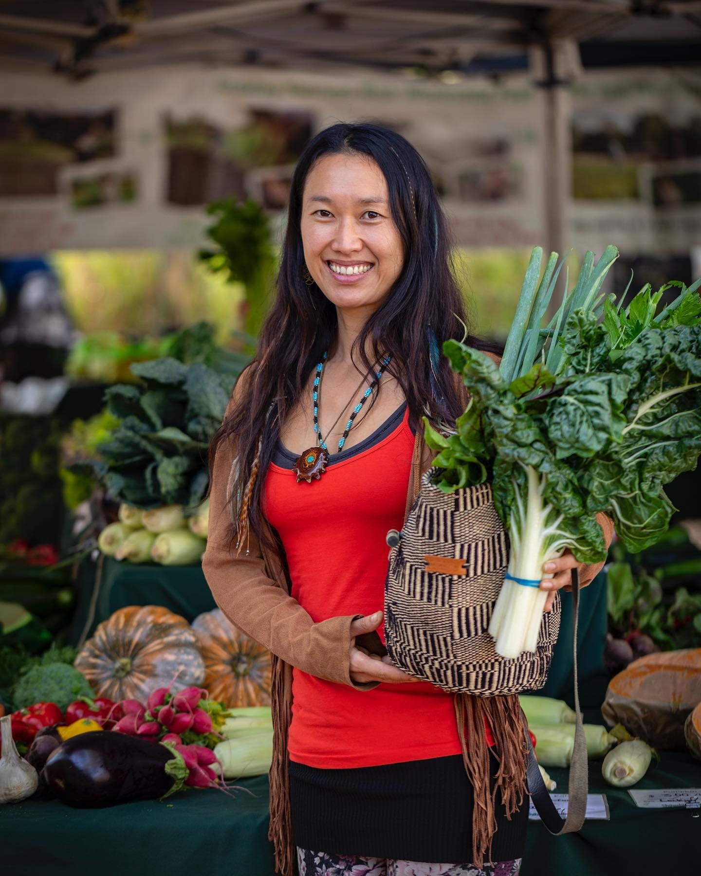 Not only can you pick up beautiful fresh produce from @shambhalafarm @noosafarmersmarkets you can also grab a copy of @cooknoosa cookbook from the Shambhala Farm stall every Sunday at Noosa Farmers Markets.  Cook Noosa cookbook features a seasonal vegetable stir fry recipe with cashew nuts by Shambhala Farm.  #noosa #cooknoosa #noosacookbook #noosafarmersmarkets 📸 @emma_jane_sheldrake for @cooknoosa