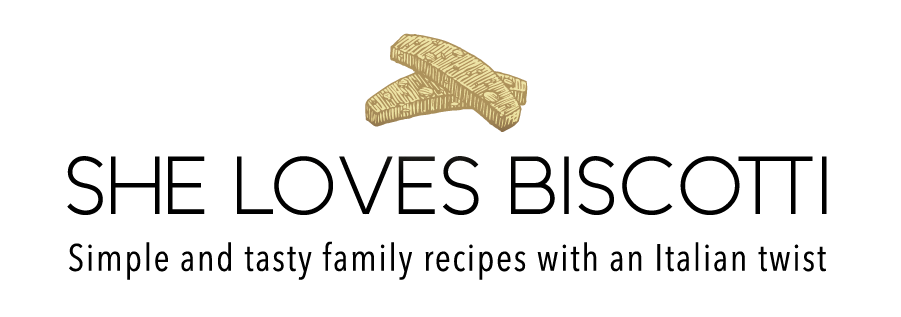 Logo for she loves biscotti