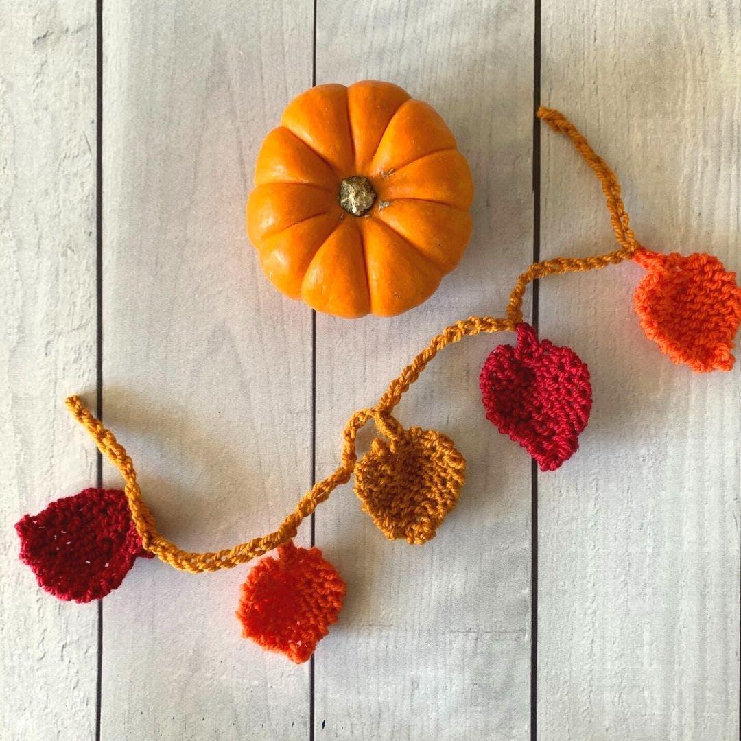 Easy Fall Leaf Garland Free Knitting Pattern Tutorial Blog Nobleknits