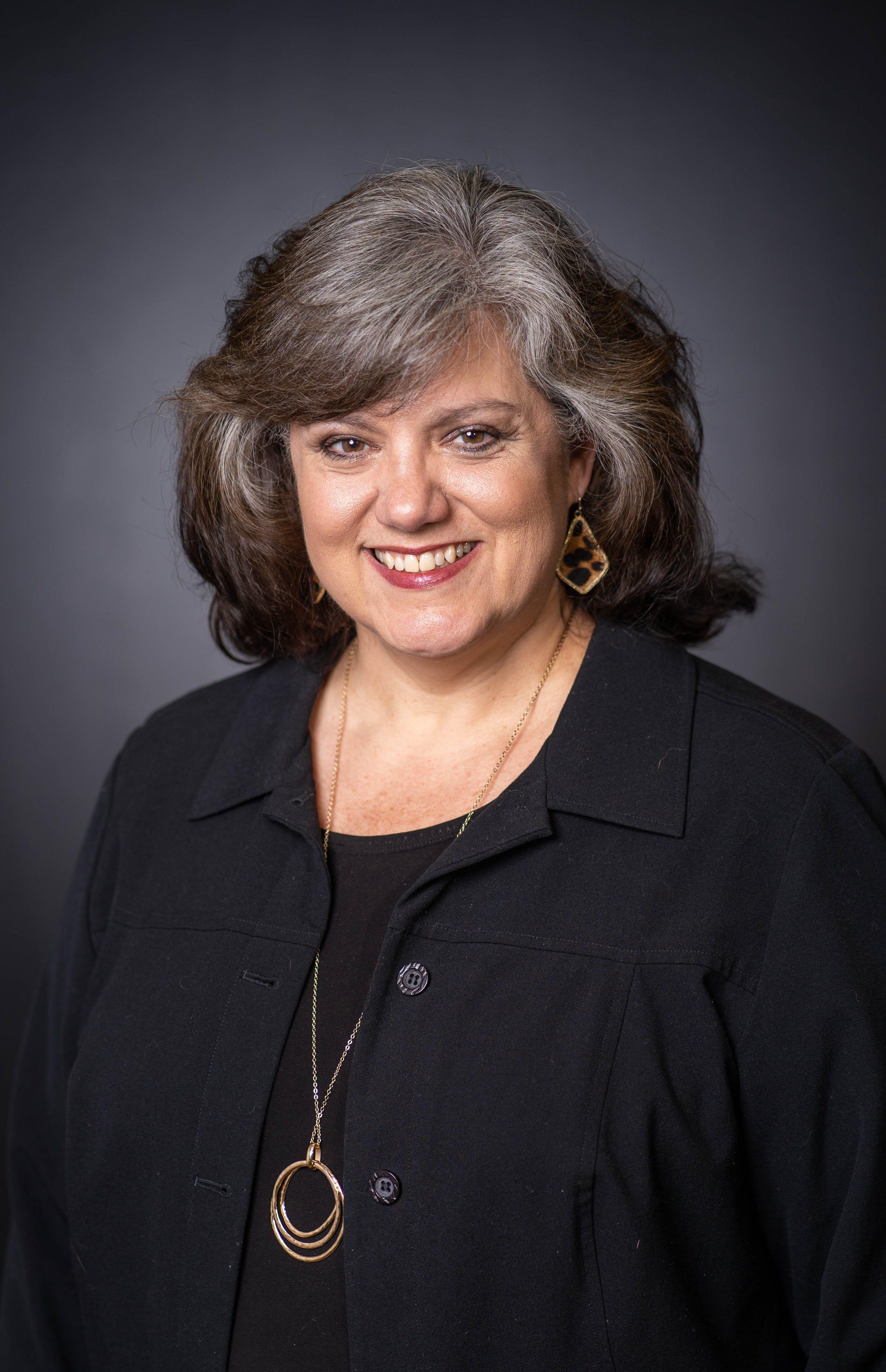 Cindy Warner, APR